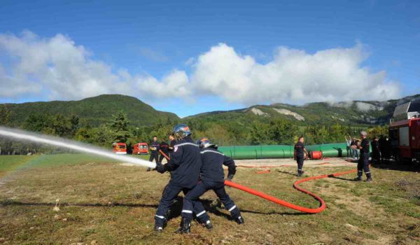 Nuestros tanques contra incendios doblemente certificados